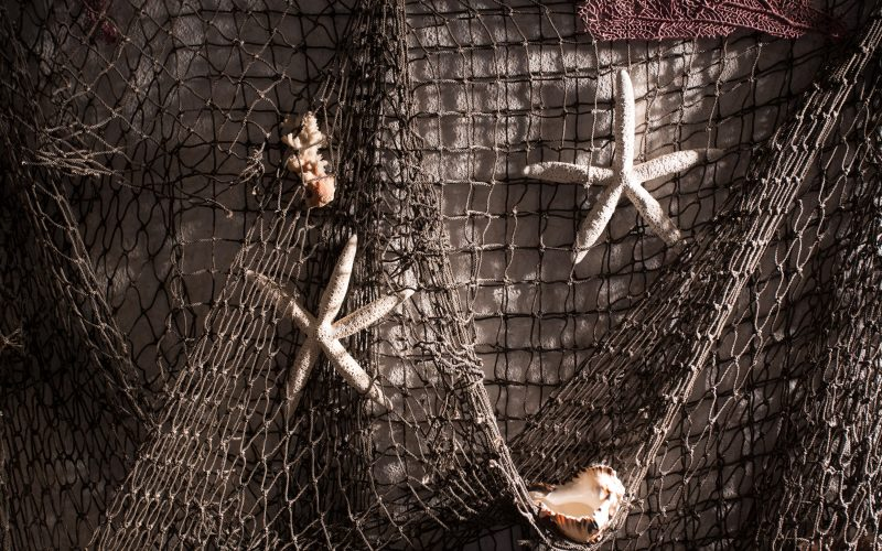 Wind & Waves is another of our nautically themed rooms, you'll find fishing nets with starfish and shells